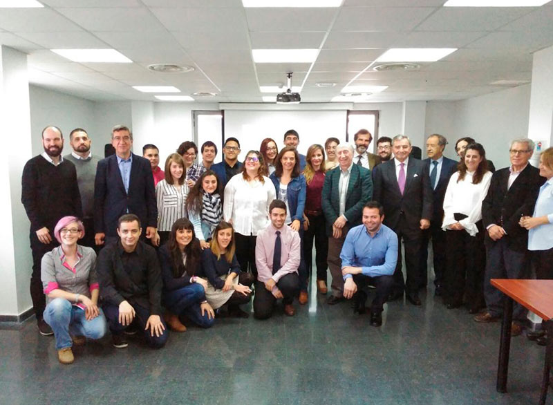 A score of young adults from Getafe prepare their way to the labor market in the pioneer program