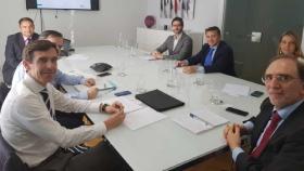 Reunión con empresas públicas