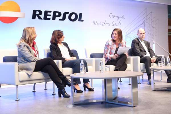 Las empresas reflexionan sobre el impacto social y de negocio de la digitalización